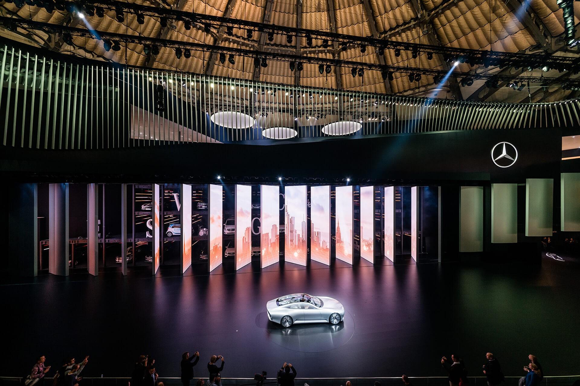 monomango Mercedes-Benz LIVE! IAA